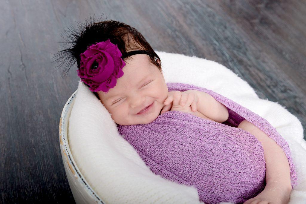 Newborn-photographer-mackay
